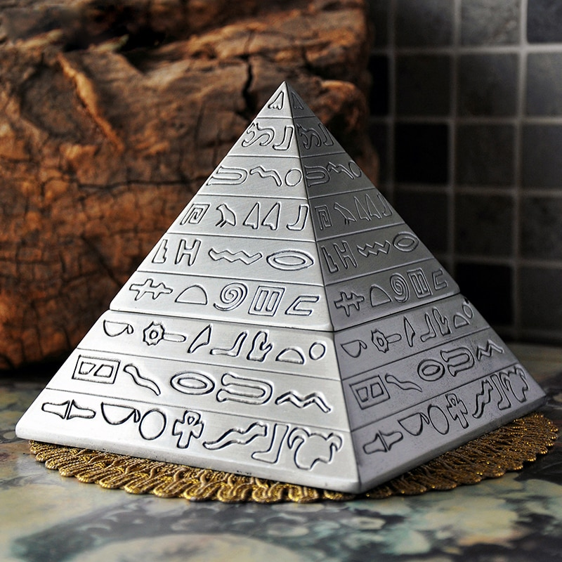 Egypt Pyramids Metal Ashtray Zinc Alloy